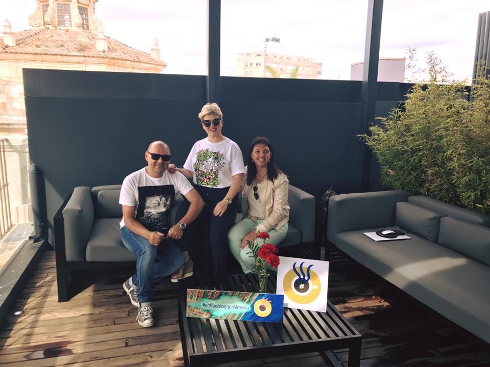 foto con Susana y Fran coffeebloggeralmeria mayo
